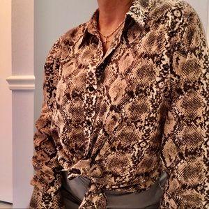 Apt 9 Top. Shirt button down Xlarge ladies 3/$20